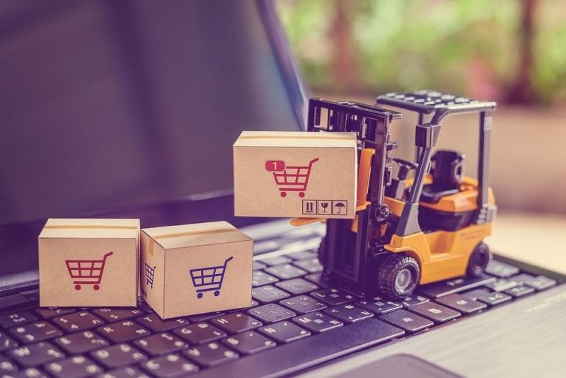 Factors to consider when hiring a logistics company